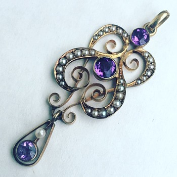 14k Gold Necklace Pendant w/ Amethyst