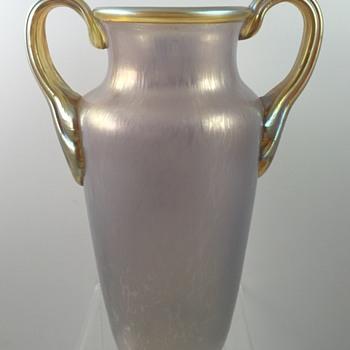 Loetz Ausführung 131 vase, PN II-5897, Opalviolett Ciselé, ca. 1908