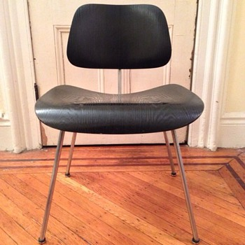 1952 Eames DCM chair