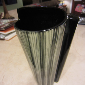 interesting modern art deco pottery vase - Art Pottery