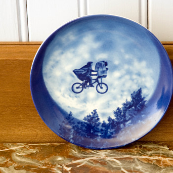 ET Collectors Plate by Avon