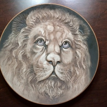 Nippon handpainted 3D plate --approximate age 112 --- 