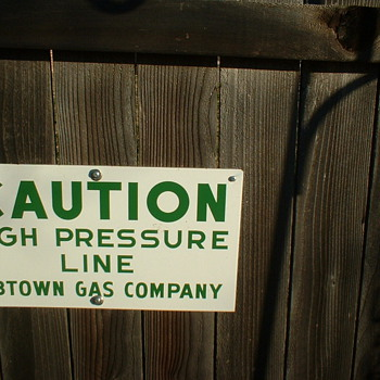 Gas co sign