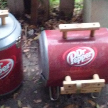 Dr. Pepper Grill & Cooler Set ( Unused Condition)