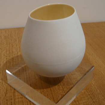 O-BALANS MARIA JOHANSSON 2000 - Art Pottery