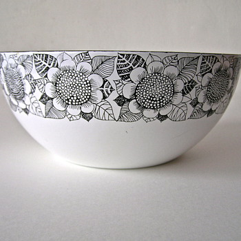 Finel Enamel Sunflower Bowl - Kitchen