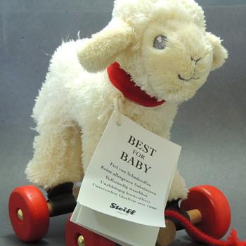 Steiff Toy - LINDA LAMM - Dolls