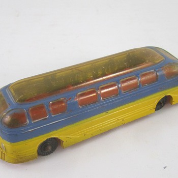 Irwin Plastic Bus - Model Cars