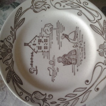 cream stoneware saucer - Glassware