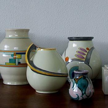 Velsen aardewerk - Art Pottery