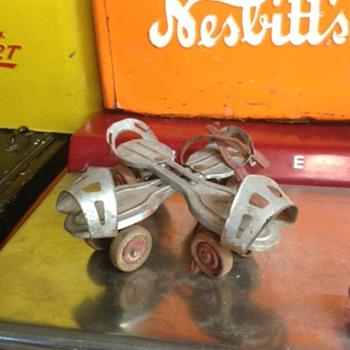 1950's Globe Skate Corp Roller Skates - Sporting Goods