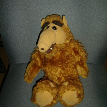 Check it out, it's Alf!