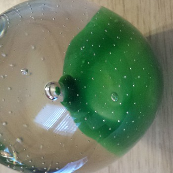 Gorgeous heavy paperweight - Art Glass