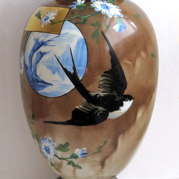 Baccarat Japonisme Swallow Vase with Blue Willow Scene