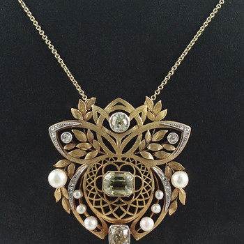 Gold and Gem-Set Pendant