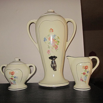 Porcellier percolator/urn set