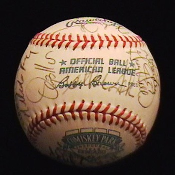 1991 Team Autographed Chicago White Sox Baseball