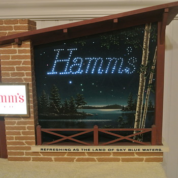 "1960's Hamm's Beer ""Starry Skies"" Motion Advertising Light Sign - Breweriana"