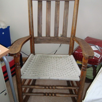 Antique Canadian rocking chair - Furniture