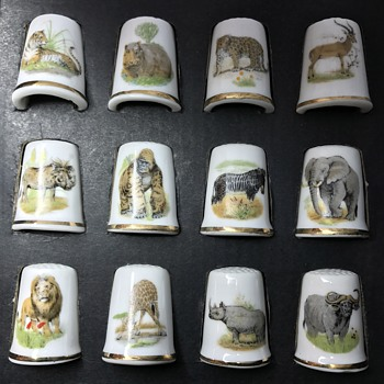 "Porcelain ""Safari Wild Animal"" Thimble Display"