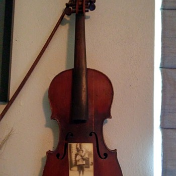 dad's fiddle - Musical Instruments