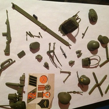Can you help me with info on these GI Joes and accessories - Toys
