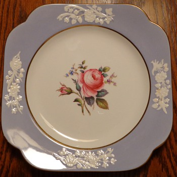 Spode Copelands China England Maritime Rose Cookie Plate and Small Cups and Saucers