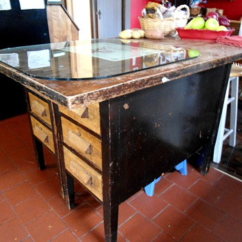 Antique Kitchen Island Desk - Furniture