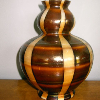Kralik - Shape #3 - double gourd - Art Glass