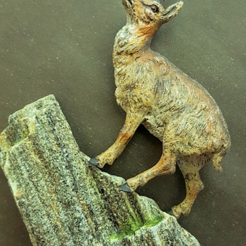 Chamois Vienna bronze, old. - Visual Art