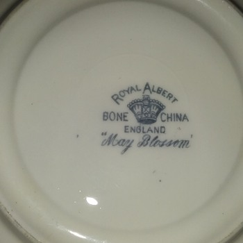 Royal Albert. - China and Dinnerware