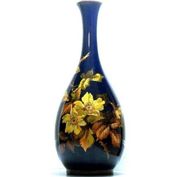 "18"" Cobalt/Floral Royal Doulton Lambeth Faience Vase Isabel Lewis, 1890-1907 - Art Pottery"