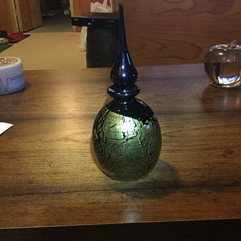 Black perfume glass bottle?