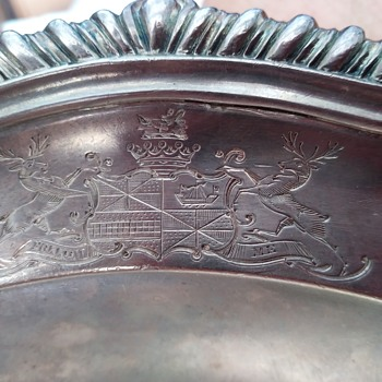HELP IDENTIFY ENGLISH COAT OF ARMS ON STERLING TRAY - Silver