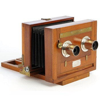 Anthony Champion Stereo (c.1888) with Brightly Polished Nickel Lenses - Cameras