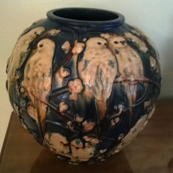 Parakeet Pottery Vase? - Art Pottery
