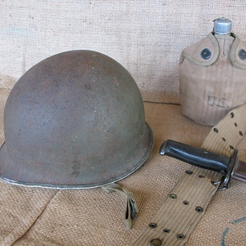 WWII US M1 Steel Combat Helmet circa 1942 - 1943 - Military and Wartime