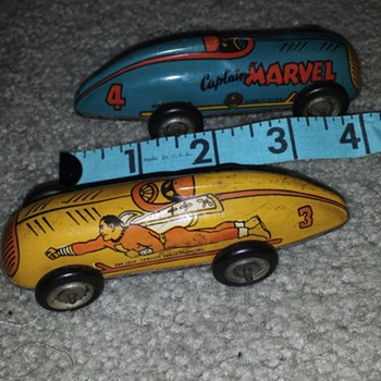 Captain Marvel Lightning windup metal cars - Toys