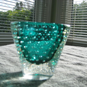 Small blue/green Murano bullicante vase