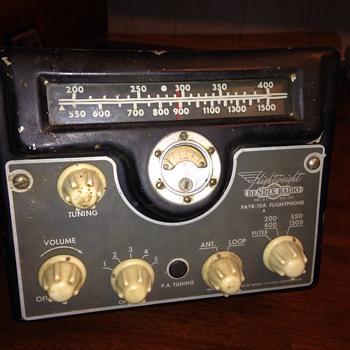 Vintage bendix aircraft radio - Radios