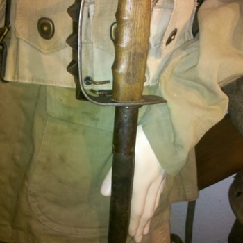 WWI US issue Trench knife L.F. & C 1917 - Military and Wartime