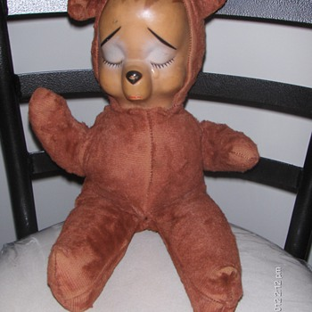 1950s hugable toy co bear