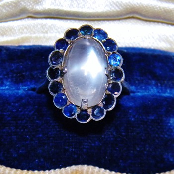 Antique Ceylon Moonstone Blue Sapphire Silver Filigree Ring