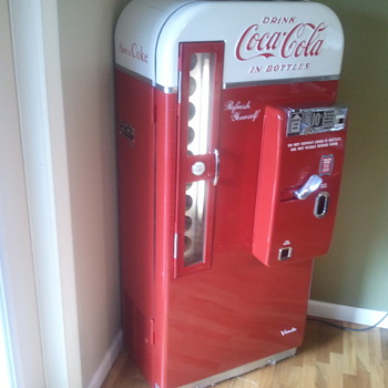Coca Cola Vendo 81d - Coca-Cola