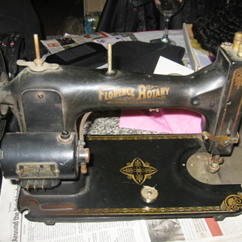 Florence Rotary sewing machine - Sewing