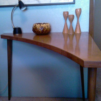 Danish Modern Style Corner Table