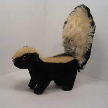 The One Stinker Most Steiff Enthusiasts Would Welcome To Their Collection - Dolls