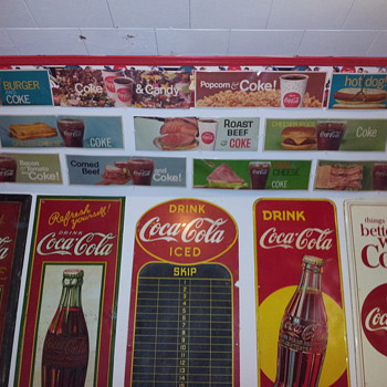 Opened Set of 10 Coca-Cola Channel Cards - Coca-Cola