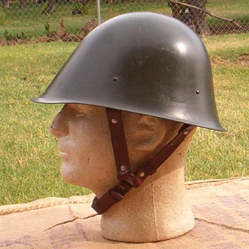 Romanian M73 steel helmet dated 1976