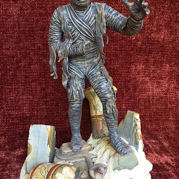 The Mummy - Vintage Antique model by Aurora - Toys